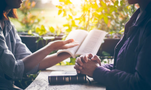 Zusammen die Bibel lesen und Beten